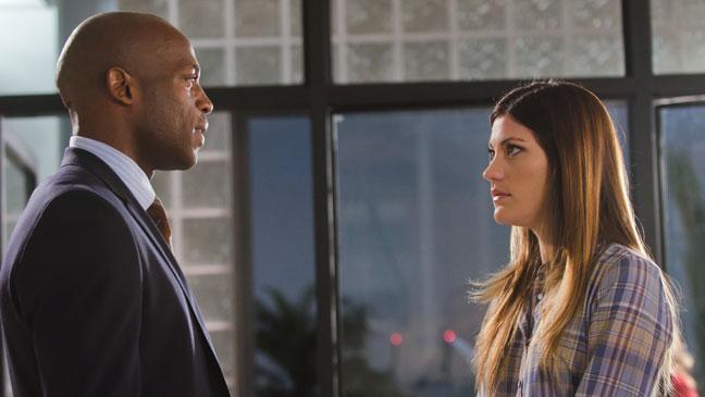 Dexter Season 6 - Jennifer Carpenter Billy Brown - 2011