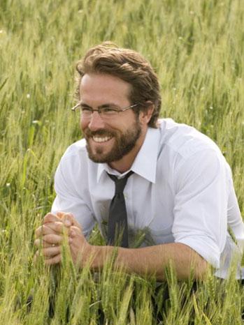 Fireflies in the Garden film still Ryan Reynolds - P