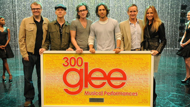 Glee 300th Musical Performance - H 2011