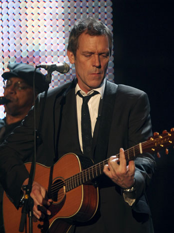 Hugh Laurie Guitar Stage - P 2011