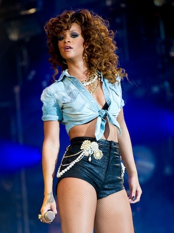 Rihanna Performance P 2011