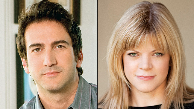 Showrunners Josh Schwartz Stephanie Savage