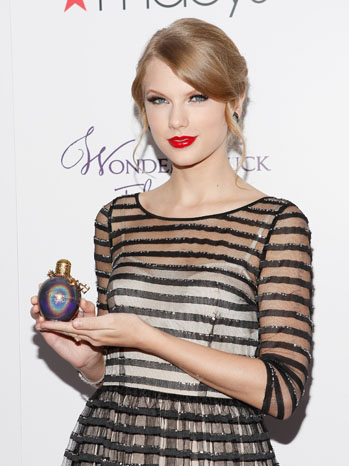 Taylor Swift Wonderstruck Fragrance Launch - P 2011