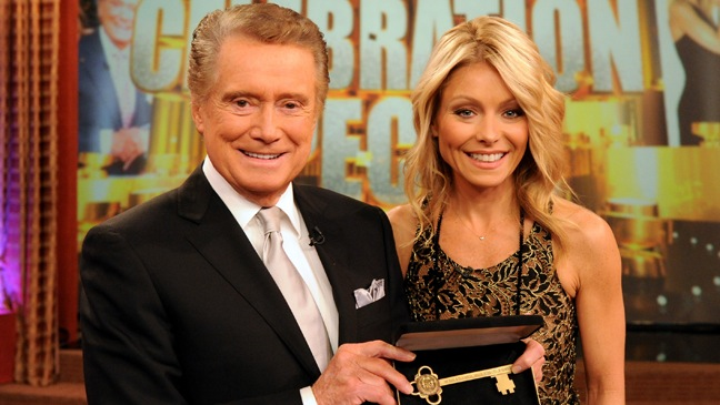 Regis Philbin, Kelly Ripa - With the Key to the City - H - 20111