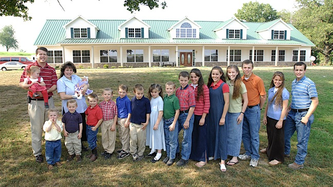 Duggar Family Portrait - H - 2010