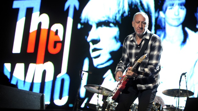 Pete Townshend - The Who Perform At Melbourne Grand Prix - H - 2009