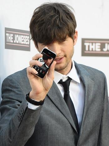 "Ashton Kutcher - ""The Joneses"" - Los Angeles Premiere - Arrivals - P - 2010"