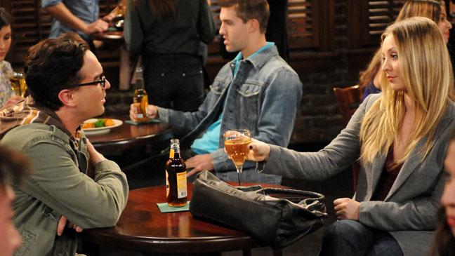 The Big Bang Theory Kaley Cuoco Johnny Galecki - H 2011