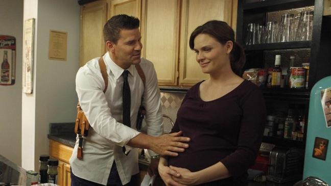 """Bones - TV Still: """"The Memories in the Shallow Grave"""" Season Seven premiere - H - 2011"""