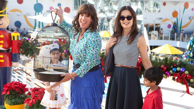 Jack and Jill - Movie Still: Adam Sandler, Katie Holmes, Rohan Chand and Elodie Tougne - H - 2011  [nid:260180]