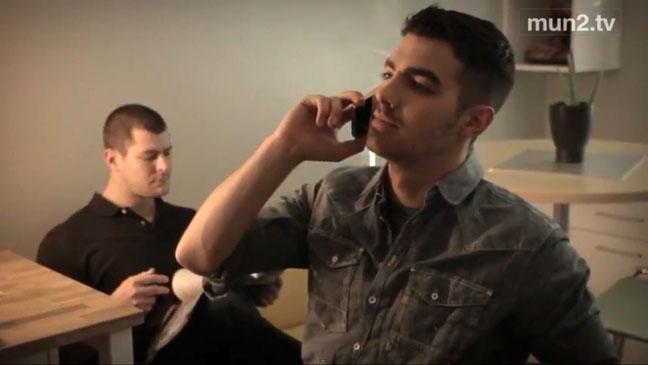 Joe Jonas Latino MunTV Screen Grab - H 2011