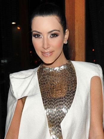 Kim Kardashian Romera Downtown NYC - P 2011