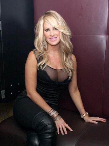 Kim Zolciak Splash Night Club - P 2011