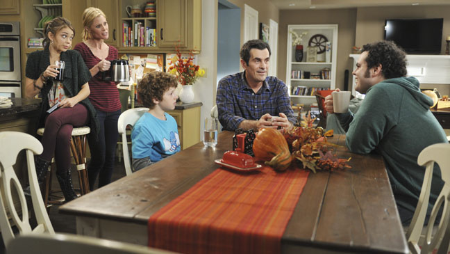 Modern Family Thankgiving Episode - H 2011