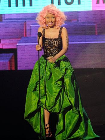 Nicki Minaj AMA Stage Green Dress - P 2011