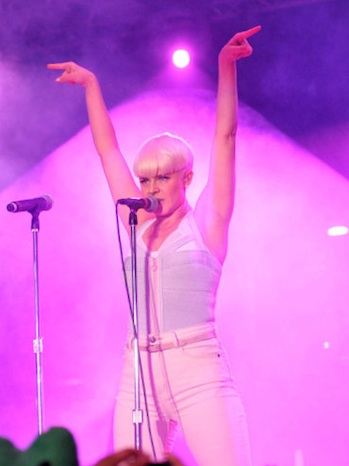 Robyn O Music Awards P 2011