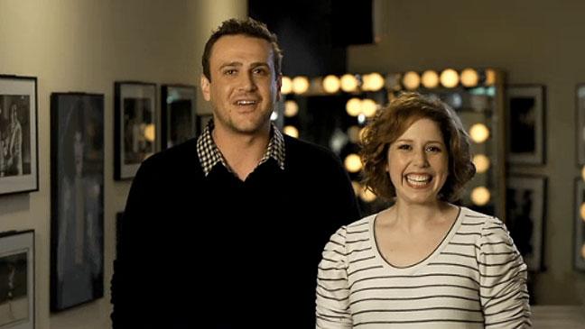 Saturday Night Live - Jason Segel Vanessa Bayer - H 2011