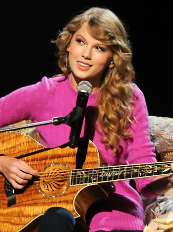 Taylor Swift CMA Performance - P 2011
