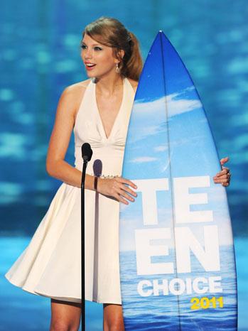 Taylor Swift Teen Choice Award - P 2011