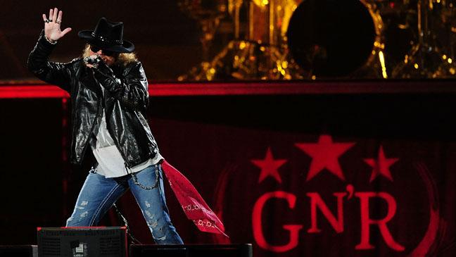 Guns N' Roses GNR Stage - H 2011