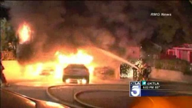 Hollywood Arson Fire Dec 29 - H 2011
