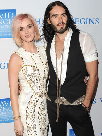 Katy Perry Russell Brand Benefit Red Carpet - P 2011
