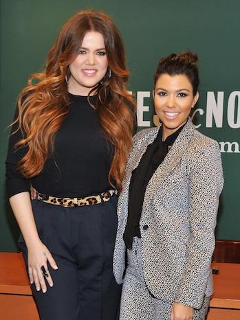Kourtney Khloe Kardashian Dollhouse signing 2011