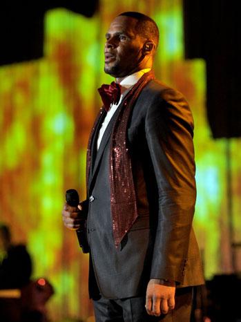 R. Kelly Pre-Grammy Gala 2011 - P