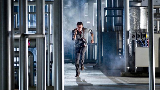 Terra Nova Season 1 Finale Jason O'Mara - H 2011
