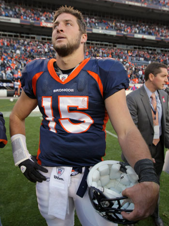 Tim Tebow Sidelines - P 2011