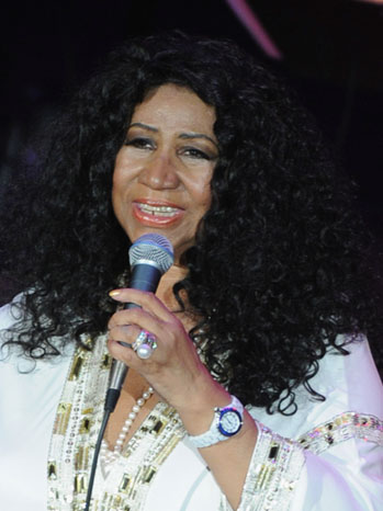 Aretha Franklin White Shirt P 2011