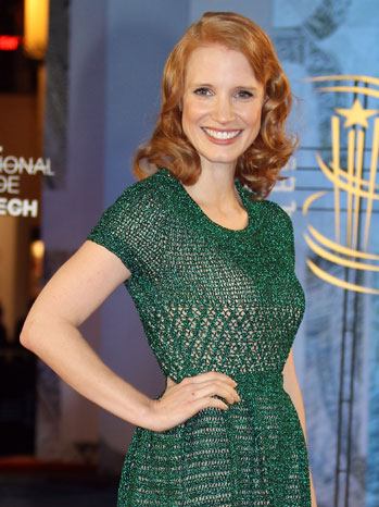 1 TOWN RAMBLING Jessica Chastain