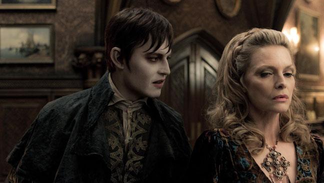 Dark Shadows Johnny Depp Michelle Pfeiffer - H 2012