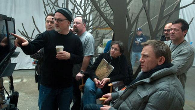 David Fincher Daniel Craig on set - H 2012
