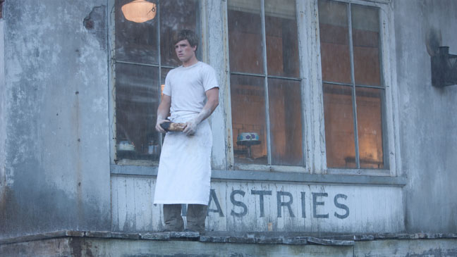 Hunger Games Josh Hutcherson Alone - H 2012
