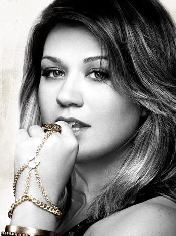 Kelly Clarkson Stronger art P