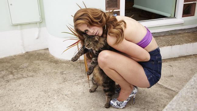 Lana Del Rey cat L