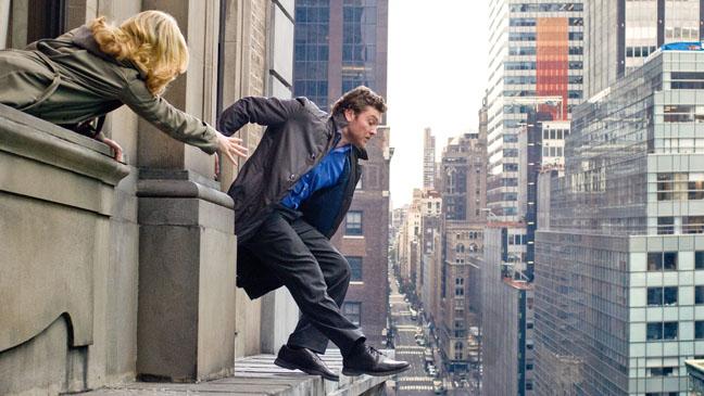 Man On Ledge Sam Worthington Slipping - H 2012