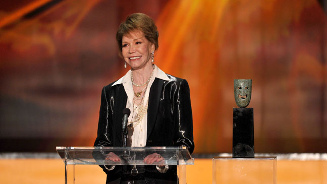 Mary Tyler Moore SAG Awards Acceptance - H 2012