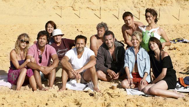 Mouchoirs Group Shot Beach - H 2012
