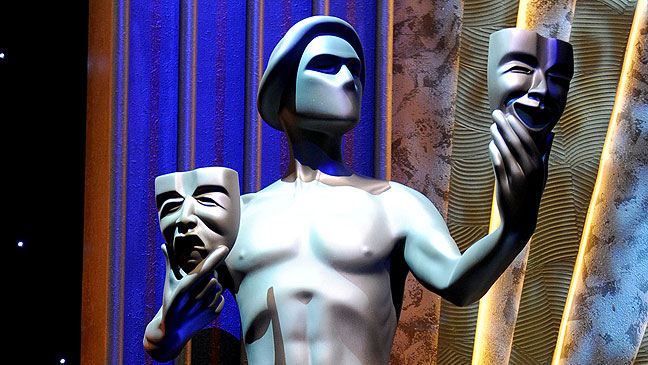 2012-04 FEA SAG Statue H
