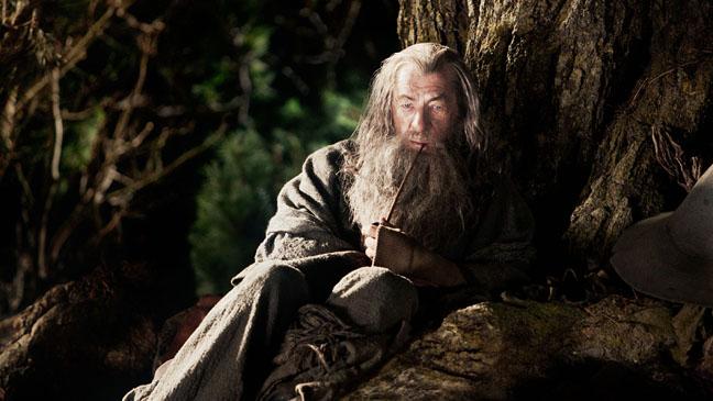 The Hobbit Ian McKeller Gandalf in Tree - H 2012