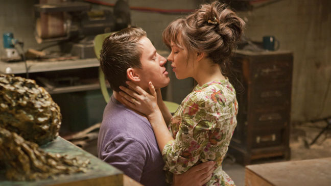 The Vow Channing Tatum Rachel McAdams Kiss - H 2012
