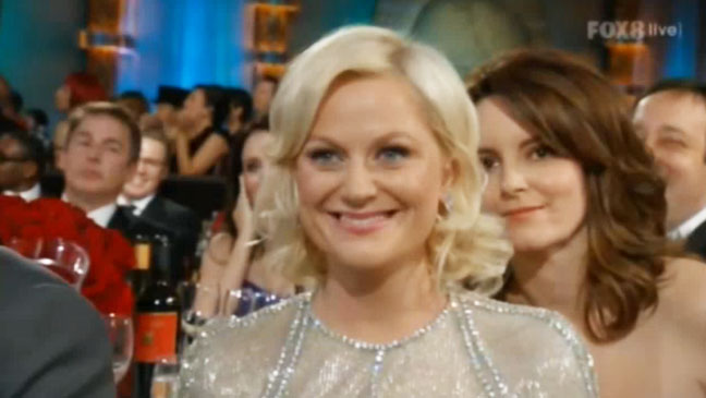 Golden Globes Tina Fey Amy Poehler Photobomb - H 2012