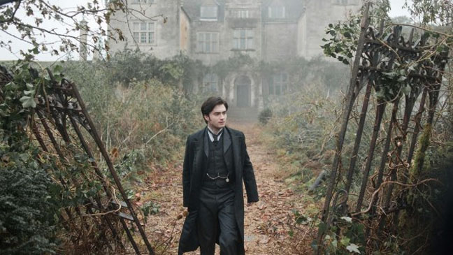 Woman in Black Daniel Radcliffe outside house - H 2012