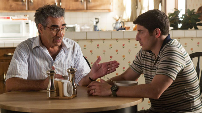 American Reunion Jason Biggs Eugene Levy at Table - H 2012