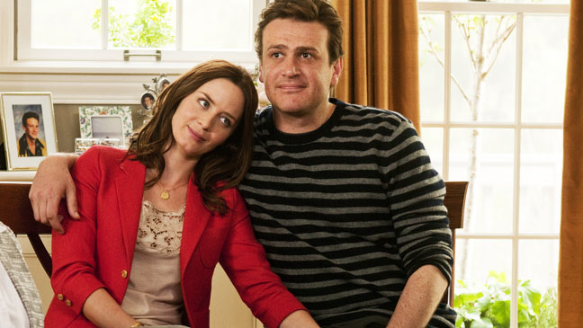 The Five Year Engagement Jason Segel Emily Blunt on couch - H 2012