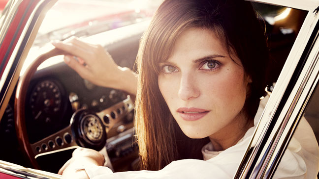 2012-08 STY Cars Lake Bell H