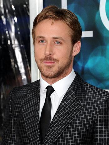 Ryan Gosling Black Suit - P 2012