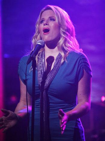 Smash Megan Hilty Ep102 Exclusive - P 2012